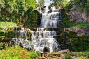 2 Visit the Falls
