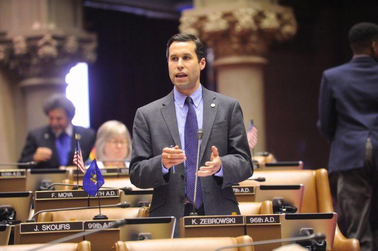 Assemblymember Kenneth Ken Zebrowski speaks on the Assembly floor chamber