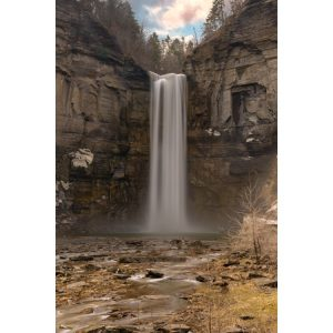 25Taughannock Falls in the SpringSteve Friedman Tompkins  County