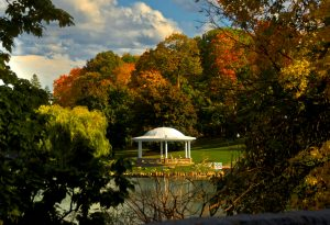 26Fall afternoon in Onondaga Park.Timothy Kane Onondaga County