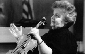 Dorothy DeLay, violinist and teacher