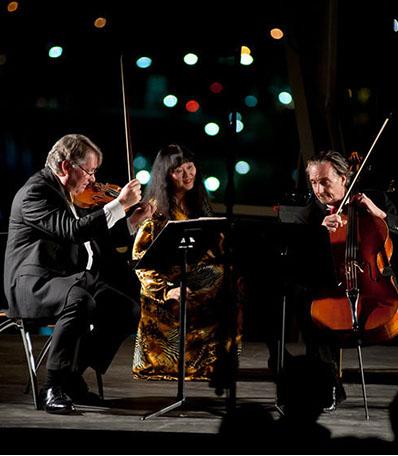 The Finckel-Han-Setzer Trio