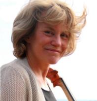 Lindsay Groves, cellist