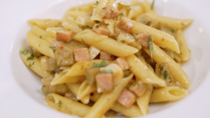 Pasta con Carcuifu e Prosciutto Cotto Close Up