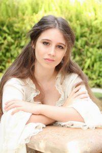 Violinist and soprano Solene Le Van