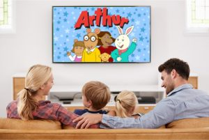 family_watching_tv_aurthur-01