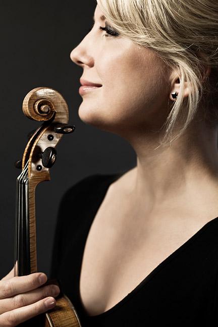 Violinist Elina Vähälä