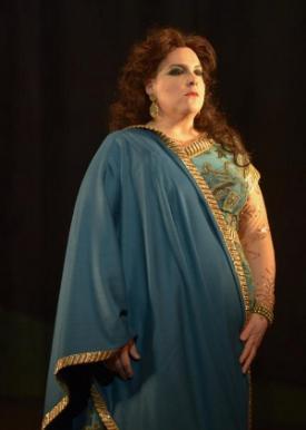 "Marie-Nicole Lemieux in ""Samson et Dalila"" (photo by Yves Renaud)"