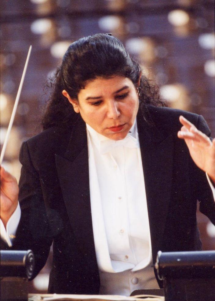 Maestra Sonia Marie De León de Vega